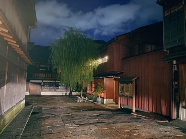 ひがし茶屋街夜景3