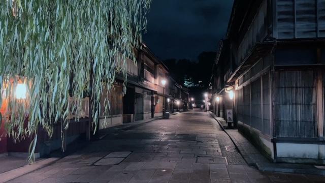 ひがし茶屋街夜1