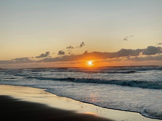 内灘海岸夕日