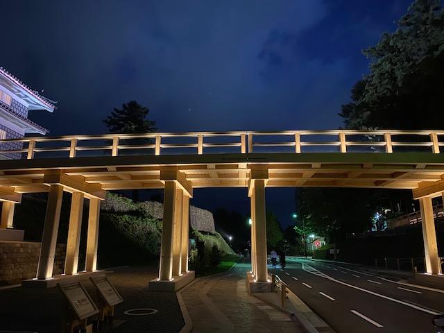 金沢城公園橋ライトアップ