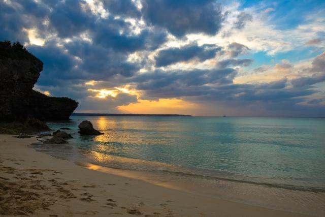 夕暮れの砂山ビーチ